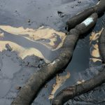 How emergency services plan oil spill response